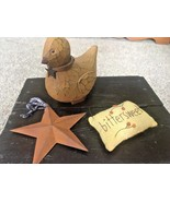Vtg Primitive Style Wooden Chick Rustic Barn Star Hanger Sm Pillow Count... - $19.79