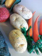Longaberger Vegetable Sleigh Basket 1995  - Hand sewn vegetables image 3