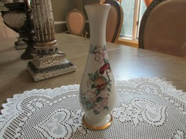 "LENOX CHINA BUD VASE SERENADE 8-5/8"" TALL GOLD RIMM ACCENT RED BIRD - $9.85"