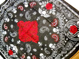 BLACK & WHITE & GRAY w RED ROSES & SKULLS MOTORCYCLE CHAIN TRIM BANDANA ... - $4.99