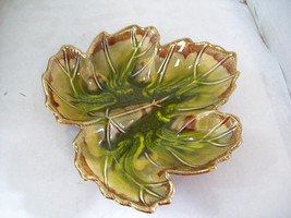 California Original Leaf Bowl, #879 USA, Pottery Bowl Z8 - $13.85