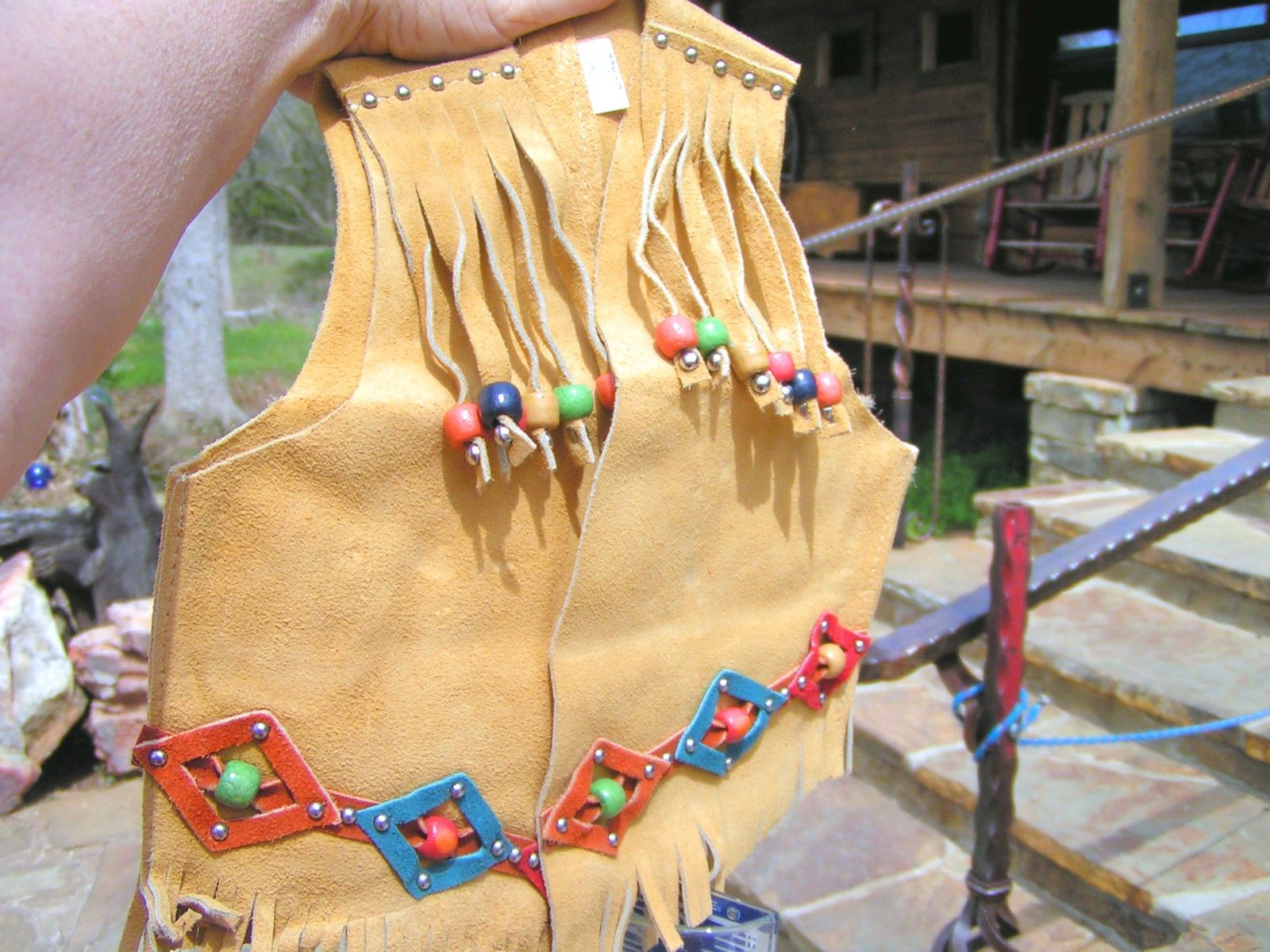Girls Small size Suede Leather Western Skirt and Vest with lasso rope 2-3 yrs 68