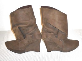 Vera Wang Lavender Women's Brown Suede Wedge Heel Ankle Boot  Euro 36 US... - $48.99