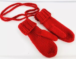 Gap Womens RED CABLEKNIT MITTENS Stringed On a Cord WOOL Gloves Sz S/M - $19.79