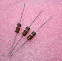 39pF Axial Cylindrical Capacitor - Lot of 3 - $10.40
