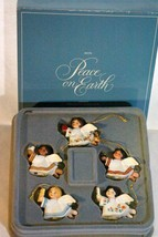 Boxed Set Of 5 Avon 1983 Peace On Earth Angel Ornaments - $6.74