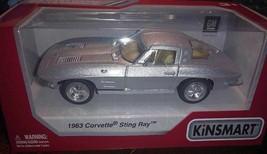 KINSMART 1963 Corvette Sting Ray CAR SCALE 1:36 Die cast metal - $12.38