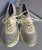 Bzees by Naturalizer Lunar Rock Mesh/Pale Banana Detailing Sneakers Size 8.5M - $26.84 CAD