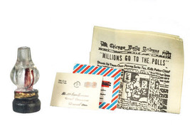 CLASSIC DOLLHOUSE MINIATURES OIL LAMP/PAPER/MAIL SET #B1451 - $2.20