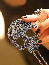 Artistic Brass Skull Necklace >> Combined Shipping << (7130) - $3.71
