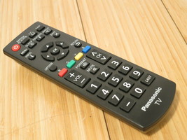 Panasonic TV YS1302573 Remote Control N2QAYB000820 - $14.01