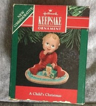 "1991 Hallmark ""A Child's Christmas"" Keepsake Ornament Vtg w/ Box 2.5"" Tall - $9.89"