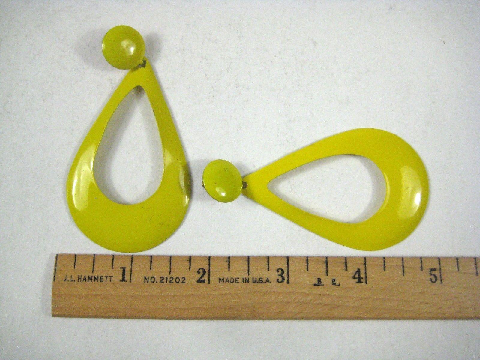 Earrings Dangle Pierced Yellow MOD Enamel Ear Rings Metal Vintage