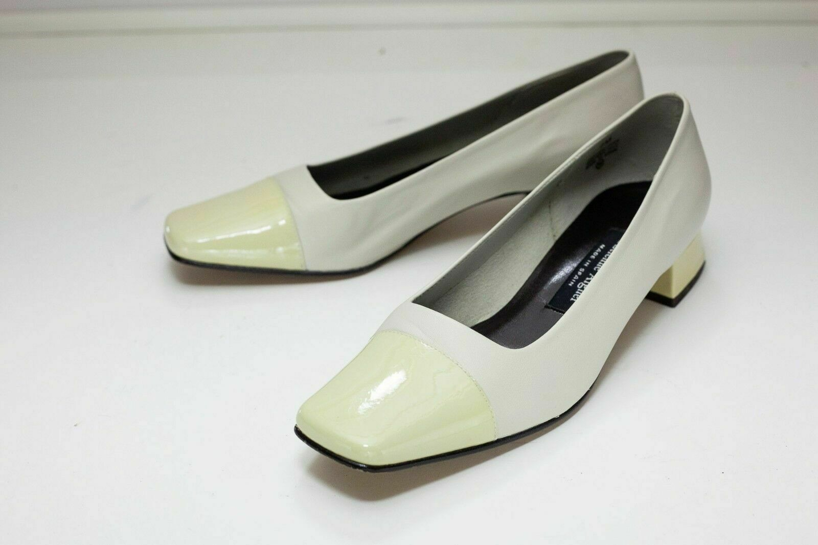 Etienne Aigner 7 Cream Yellow Women's Slip On Shoes Vintage Look - $46.00