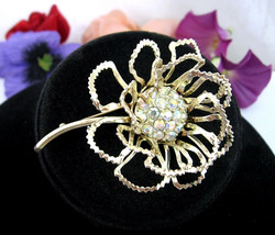 ALLUSION BROOCH Sarah Coventry OPEN FLOWER Pin Vintage AB Rhinestones Go... - $18.99
