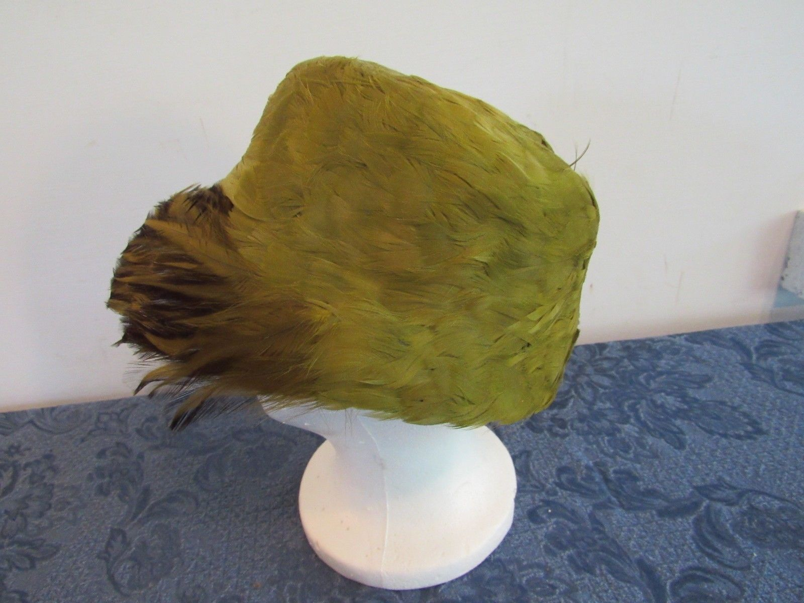 Vintage Original Ladies Feathered Green Pillbox Women's Hat 21""