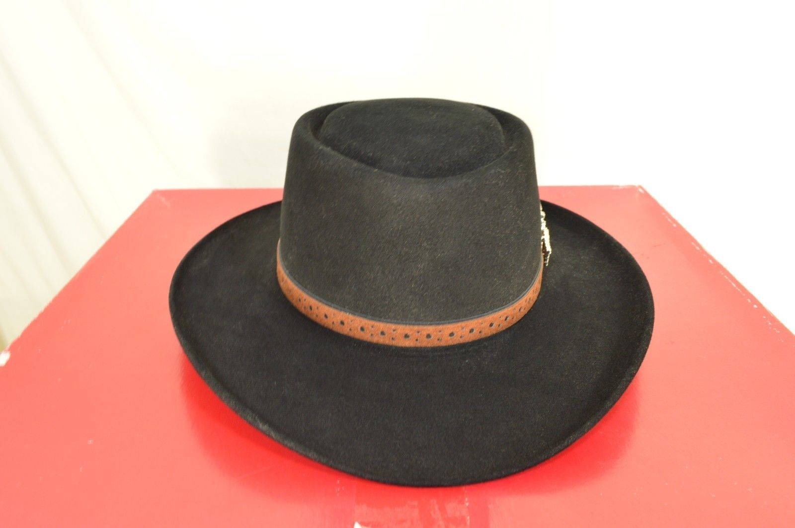 Stetson hat western Fedora black 6 5/8 brown leather band includes box USA