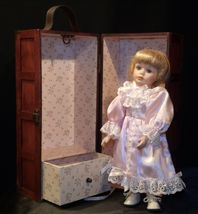 12 inch Porcelain Doll with her Own Closet AA-191991  Collectible image 8