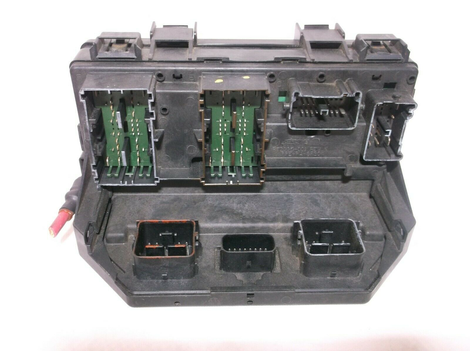 2012  12 Jeep Liberty   Fuse   Relay   Box Tipm   Power Distribution Box