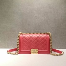 NEW RARE AUTH CHANEL PINK QUILTED CALFSKIN GHW MEDIUM BOY FLAP BAG