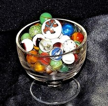 Marbles in a Custard Dish with 1 Shooter AA18 - 1174-A  50 Vintage