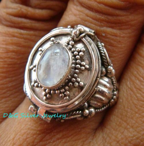 Sterling Silver Bali Poison Locket Ring w/Gem LR-630-DG