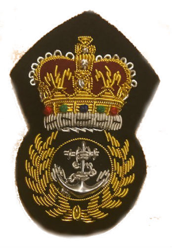ROYAL NAVY CHIEF PETTY OFFICERS CAP BADGE CURRENT ISSUE QUEEN & KING CROWNS NEW
