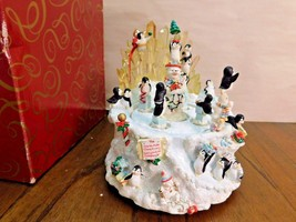 San Francisco Music Box North Pole Christmas Penguin Retired Box CUTE - $28.01