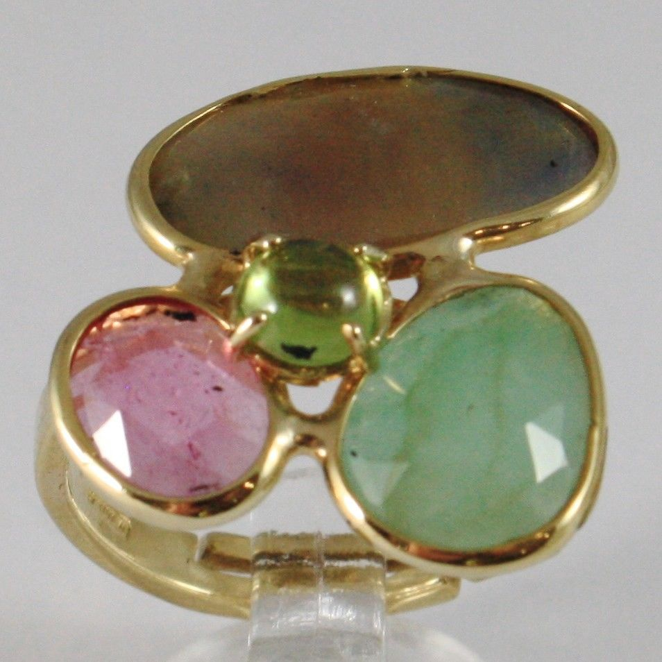 9K YELLOW GOLD RING WITH FACETED SAPPHIRE, GREEN EMERALD AND CABOCHON PERIDOT