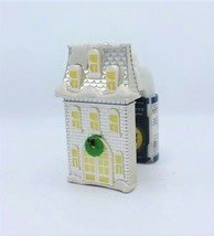 Bath Body Works Christmas House Wallflower Diffuser Plug Night Light - $15.99