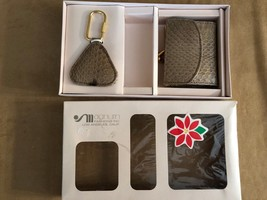 Vintage Magnum women gift set key chain and wallet coin purse boxed - $21.50