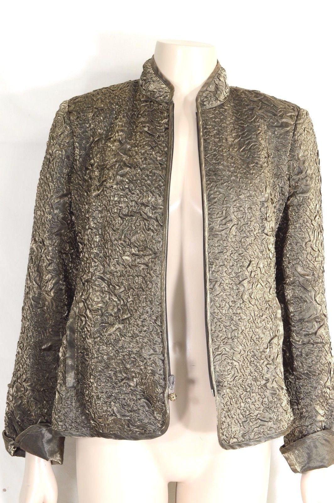 Victor Costa jacket SZ 10 gold crinkle embossed zipper front close long sleeve