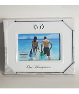 MALDEN INTERNATIONAL HONEYMOON THEME PHOTO FRAME 4 IN. X 6 IN. 3053-46 W... - $9.79