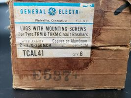LOT OF 4 GENERAL ELECTRIC TCAL41 LUGS WITH MOUNTING SCREWS image 4