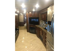 2017 COACHMEN SPORTSCOACH CROSS COUNTRY 407FW For Sale In League City, TX 77573 image 6