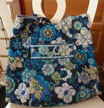 Vera Bradley large bucket tote  in MOd Floral Blue pattern - £24.99 GBP