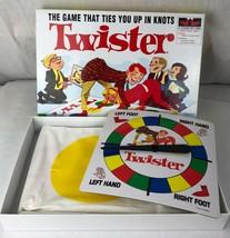Hasbro Classique Twister Jeu de Société Rétro Cible Exclusif - $19.36