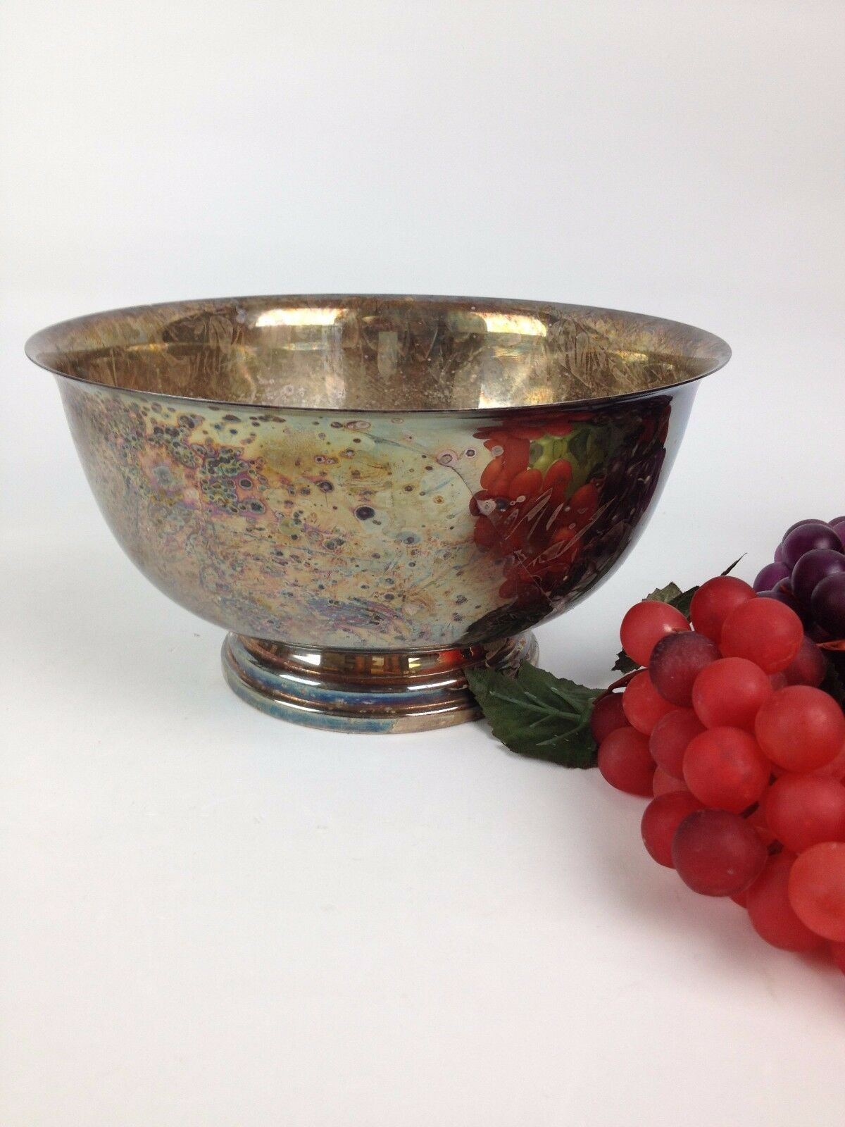 7 Bunches VTG Artificial Realistic Rubber Grapes Watson WP104 Silver Bowl Retro