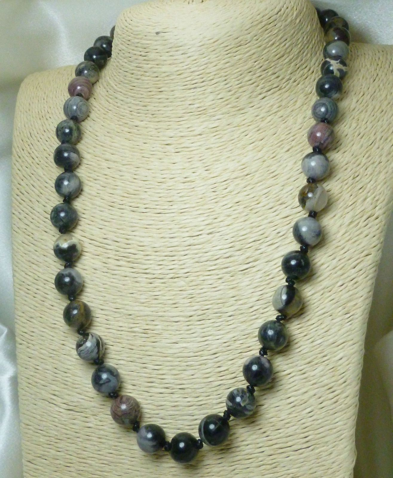 Black Silver Leaf Jasper Beaded Round Gemstone Necklace 20 inch