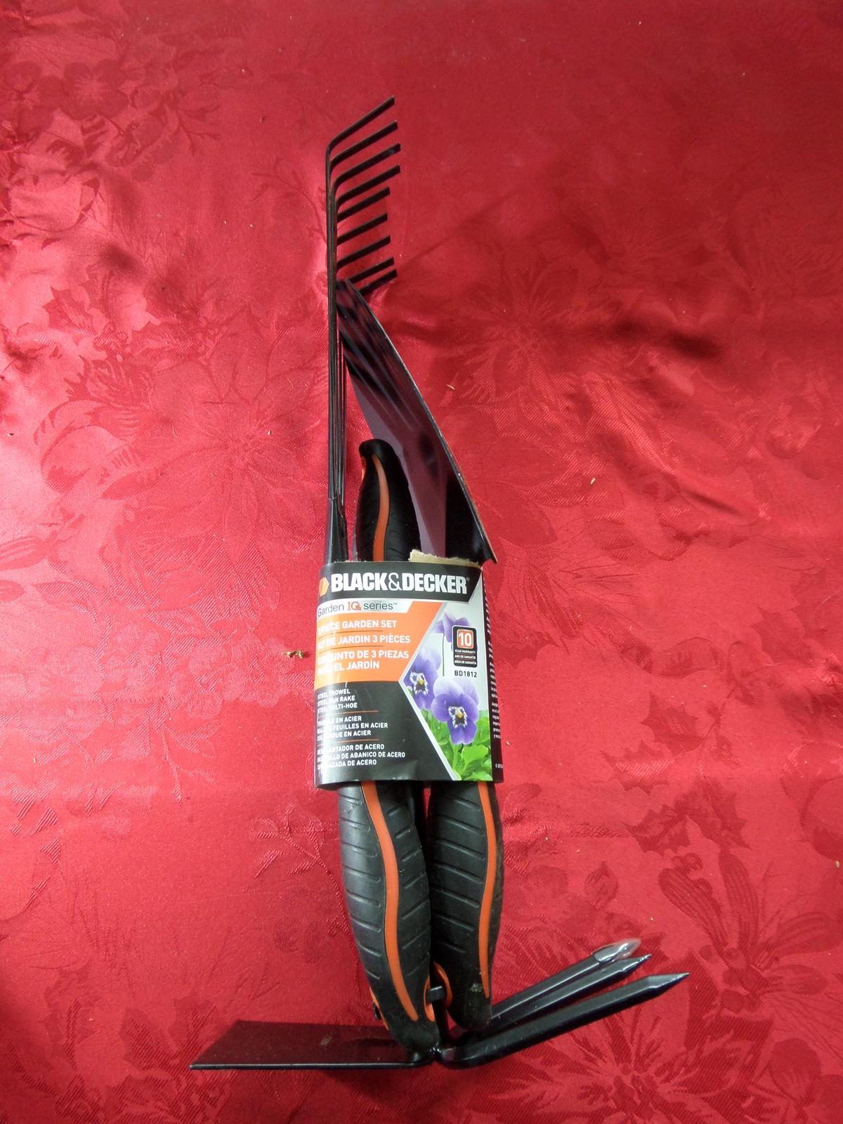 Black and Decker 3 Piece Garden Set Steel Trowel Rake Culti-Hoe Tools Composite