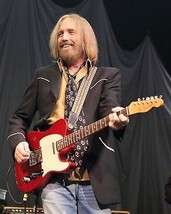 Publicity photo featuring legendary musician Tom Petty. - $7.18