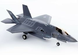 Academy 12561 1:72 F-35A 7 Nations Air Force MCP Plastic Hobby Model Fighter Kit image 4