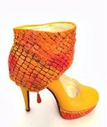 Raine Just The Right Shoe Revamp J110117 Miniature Retired 2011 - $47.51