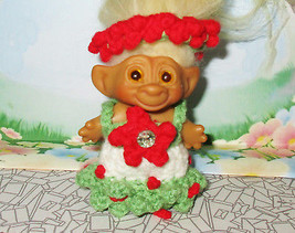 "CUSTOM TROLL CLOTHES / 3"" Winter Berries Dress Set for Doll headdress ou... - $7.91"