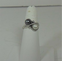 Avon Simulated Grey & White Pearl Ring - $10.88