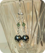 made w SWAROVSKI Green Crystal and Green Pearl Element Earrings silver a... - $10.89