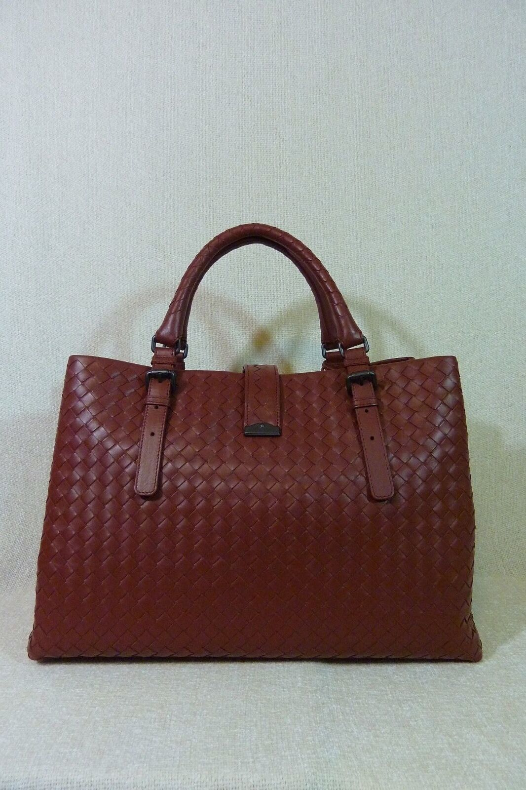 AUTH NWT Bottega Veneta Medium Roma Bag In Russet Intrecciato Calf Leather image 7