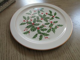 "LENOX HOLLY & BERRY 12-5/8"" ROUND SERVING PLATE CHOP PLATE 24 KT GOLD TR... - $14.80"