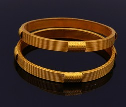 22 K YELLOW GOLD HANDMADE BANGLE BRACELET PAIR SET FABULOUS HAND CRAVED ... - $2,940.30+