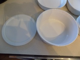 """Corning Ware French White 8""""  1 1/2 Qt Round Casserole w/Pyrex & Ref/Frzr Lids - $31.68"""